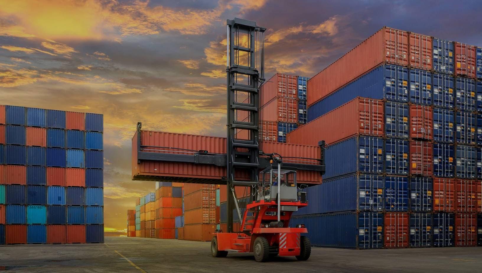 Fabricantes-de-contenedores-marítimos-e-industriales-2-2